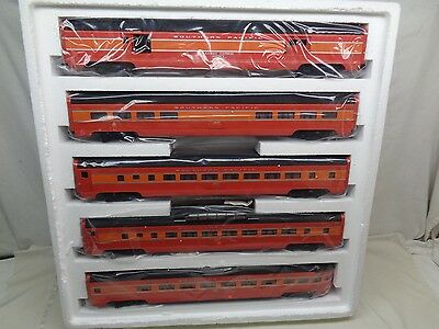 "1990's Weaver Gold Edition Southern Pacific (5) Aluminum Pass. Cars 20""L MINT"