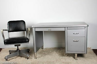 Steelcase Mini-Tanker Desk and Chair