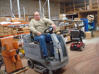 Ride On Advanced Nilfix  Floor Scrubber Model Hr2800