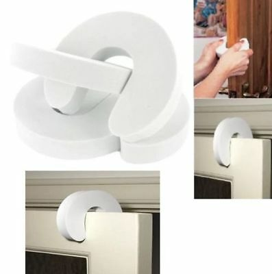 PACK OF 4 x CHILD BABY WHITE FOAM DOOR JAMMER GUARDS TRAPPED FINGER PROTECTOR