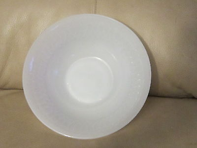 ANTIQUE MILK GLASS FEDERAL HEAT PROOF BOWL Vintage dish Pottery F