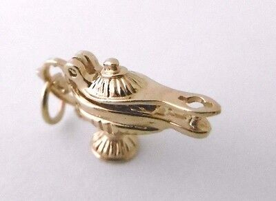 Vintage  GENIE INSIDE ALADDIN'S MAGIC LAMP  opening 9ct yellow gold tiny charm