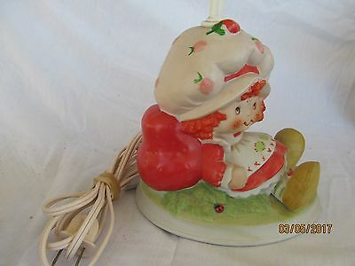 Vintage Strawberry Shortcake Bedroom Table Lamp 1981 American Greeting  Light