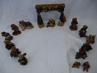 HUGE LOT Boyds Bears and Friends 15 Pieces Nativity Manger Scene Collection