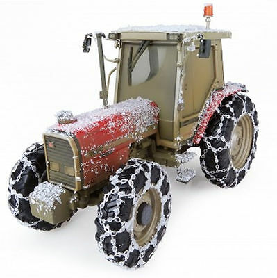 Universal Hobbies - Uh5202 Massey Ferguson 3090 Tractor Snow Edition 1:32 Scale