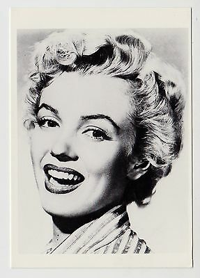 MODERN POSTCARD - Marilyn Monroe in close up laughing