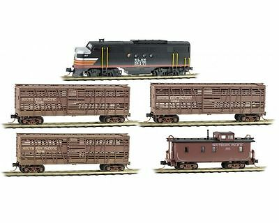 Micro-Trains N Scale Weathered Cattle Car Train set - 1 train 3 wagons + Caboose