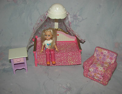 Fisher Price Loving Family Dollhouse Canopy Bed Bedroom Set Girl Daughter Figure