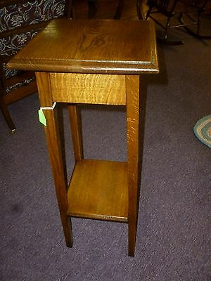 Antique Oak nightstand table Solid tiger quartersawn mission style 1900's
