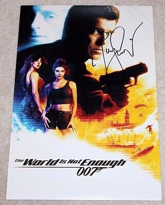 PIERCE BROSNAN SIGNED THE WORLD IS NOT ENOUGH 12x18 MOVIE POSTER COA JAMES BOND