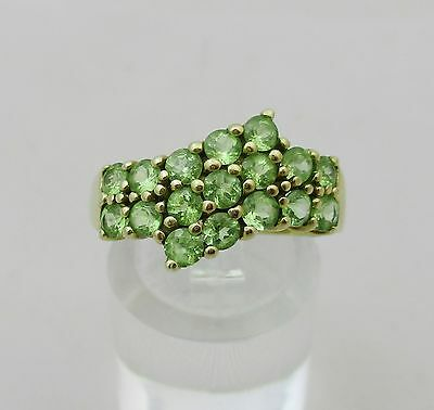 9ct Gold and Green Gem Ring Size Q