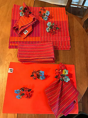 New Table Linens - 6 Napkins 6 Reversible Placemats and 6 Napkin Rings-100 Cotto