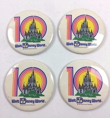 Lot 4 Vintage 1981 Walt Disney World 10Th Anniv. Pin Back Novelty Store Buttons