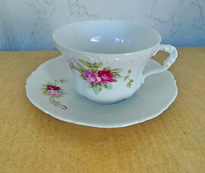 Vintage China Tea Cup & Saucer Set Pretty Pink Red Roses Bouquet Flowers Floral