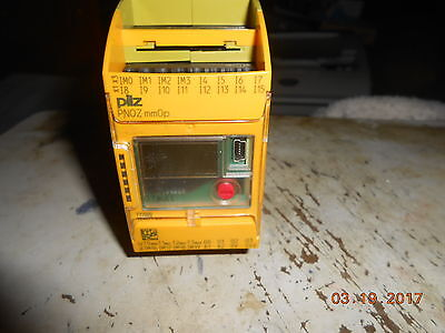 Pilz PNOZ  mm0p Ident.Nr.: 772000 SAFETY RELAY 2AMP 24VDC