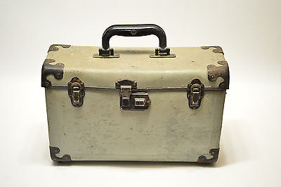 Vintage Graphic Graflex Press Film Camera Gray Carry Case