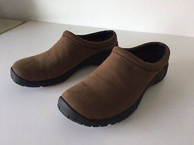 *WORN ONCE* Merrell Air Cushion Brown Suede Clogs Size 9.5 Women's Slip On