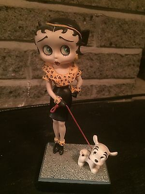 """Betty Boop """"Out For a Stroll"""" The Danbury Mint Collector Figurine"""