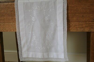 Vintage White Linen Hand Embroidered Floral Crochet Lace Tablecloth Runner