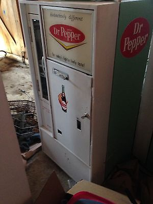 VINTAGE DR PEPPER COLA SODA POP VENDING MACHINE VENDO V56 Can Machine
