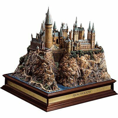 Noble Collection NN7074 - Harry Potter Diorama di Hogwarts