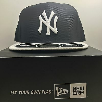 New Era 59Fifty New York Yankees 7 1/4 Fitted Baseball Cap 3  Free Post