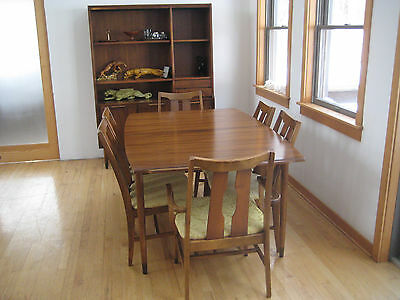Mid Century Vintage Danish Modern Dining Table 6 Chairs And Hutch