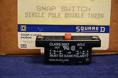 SQUARE D 9007AO2 Snap Switch 600 VAC 15 Amp 9007 AO-2 Miniature Snap Action New