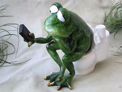 GREEN FROG TOILET CELL PHONE WORKING TEXTING BATHROOM Garden Sculpture FREE SHIP