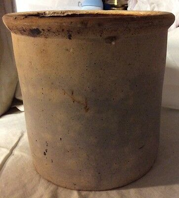 Vintage 1/2 Gallon Crock Pot Pottery