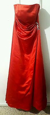 Women's DAVID'S BRIDAL Dress Size 6 Red Formal Homecoming Prom Strapless Gown