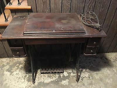 Vintage Singer Sewing Machine Table With Foot Pedal
