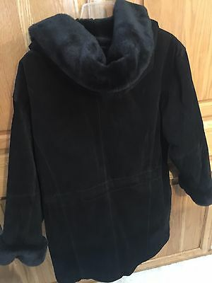 Wilsons Leather Jacket Sz XL  Hooded Faux Fur Lined Belted Womens