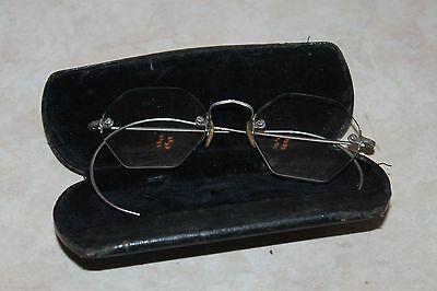 VINTAGE READING OCTAGON EYE GLASSES with Case eyeglasses