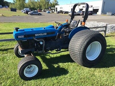 New Holland 3930 Tractor