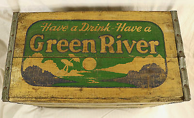 Green River Soda 1948 Wooden Crate, held 24 bottles in cartons