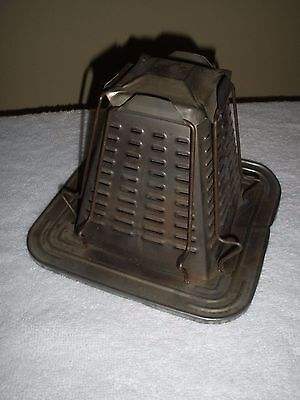 Vintage 4-Slice STOVE TOP STEAMPUNK PYRAMID TOASTER ~ Nice Condition