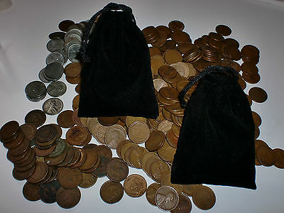 25 coin Indian head & wheat penny with S and D mint marks in a  black velvet bag