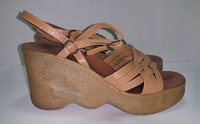 FAMOLARE Hi There RARE vintage 70's wedge strap leather sandals ITALY womens 8.5