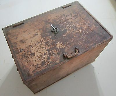 """Strong Box Vintage 1/2"""" Steel L30"""" W20 H18"""" 150 lbs"""