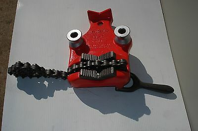 """Ridgid BC-5A Bench Chain Vise Pipe 1/8"""" to 5"""" W/ Bender Spools  Nice /Clean"""