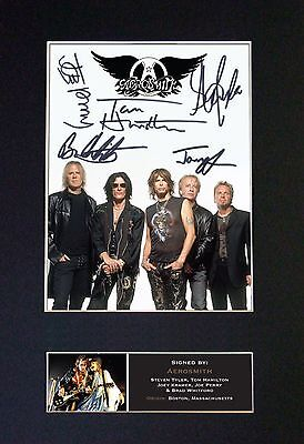 AEROSMITH - MEMORABILIA - Collectors Signed Photo + FREE WORLDWIDE SHIPPING