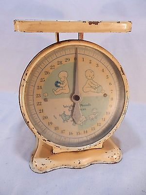 Vintage  BABY SCALE No MFG Marked on Scale Weighs 30 Pound by ounces