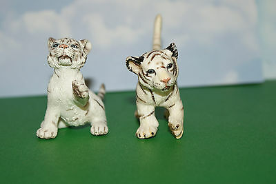 (2) Schleich White Tiger Cubs from the 2003-07 Wildlife Series
