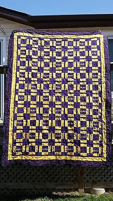 Crown Royal quilt 60x80 35 bags