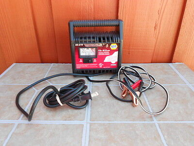NAPA BATTERY CHARGER 85-205 CHARGER 12 volts 6 / 2 AMP Manual on