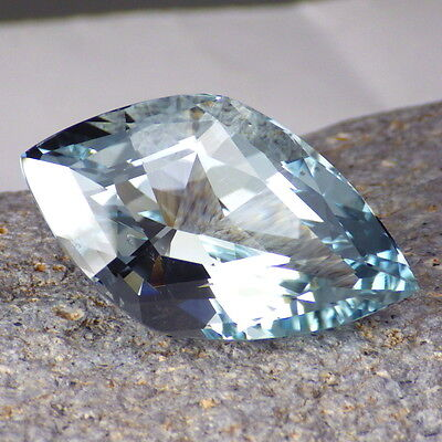 UNTREATED BLUE TOPAZ-RUSSIA 41.84Ct CLARITY SI2/P1-TOP SKY BLUE-VERY LARGE!!