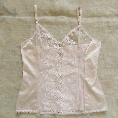 Cutest Vintage VANITY FAIR Light Pink Lace Camisole Size 36 (small)