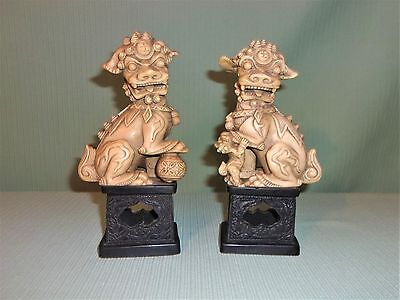 Vintage Chinese Carved Resin Foo Dog Lion Figurines Statues Made In Italy 2 PCS