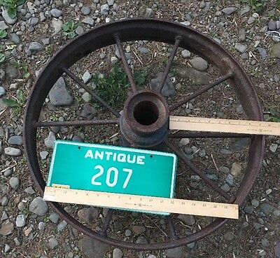 1800s VTG ANTIQUE PRIMITIVE COUNTRY FARM Machine Steel Metal IRON Wagon WHEEL 24